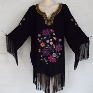 New ARIAT XXL boho floral embroidered fringed top
